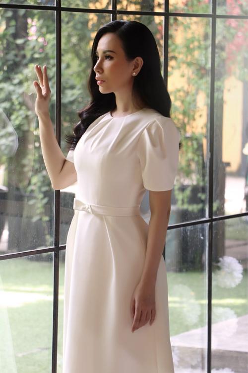 Châu Ngọc Bích hướng đến sự thanh lịch, sang trọng của người phụ nữ thành đạt. Các thiết kế đều được khen ngợi về sự tinh tế, thời thượng và phù hợp với vóc dáng của cô.