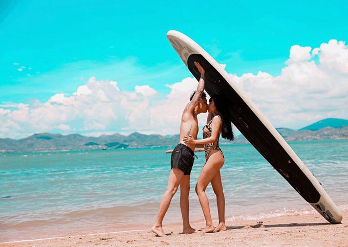 Vợ chồng Minh Nhựa check in resort  - 22