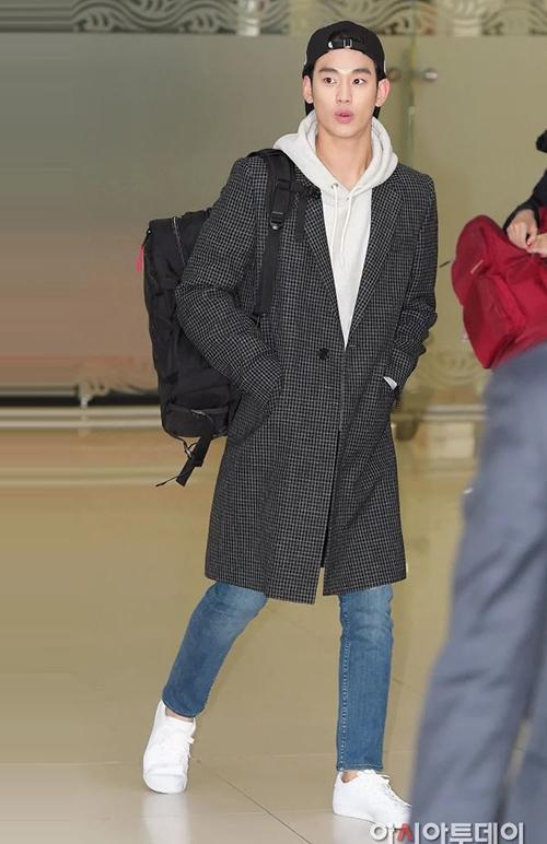 Thời trang sân bay giúp Kim Soo Hyun khoe dáng nam thần - 12
