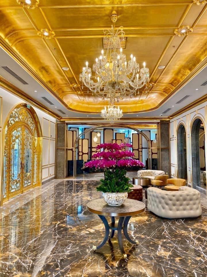 Ưu đãi tham quan, ăn sáng tại khách sạn dát vàng Hà Nội - 12