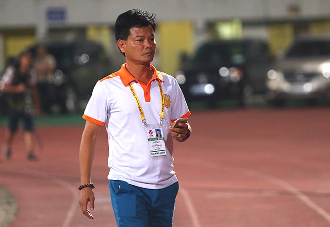 HLV Nguyễn Văn Sỹ, hiện giữ vai trò GĐKT CLB Nam Định. Ảnh: Đương Phạm.