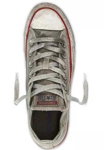 Converse bán giày bẩn giá hơn 2 triệu đồng