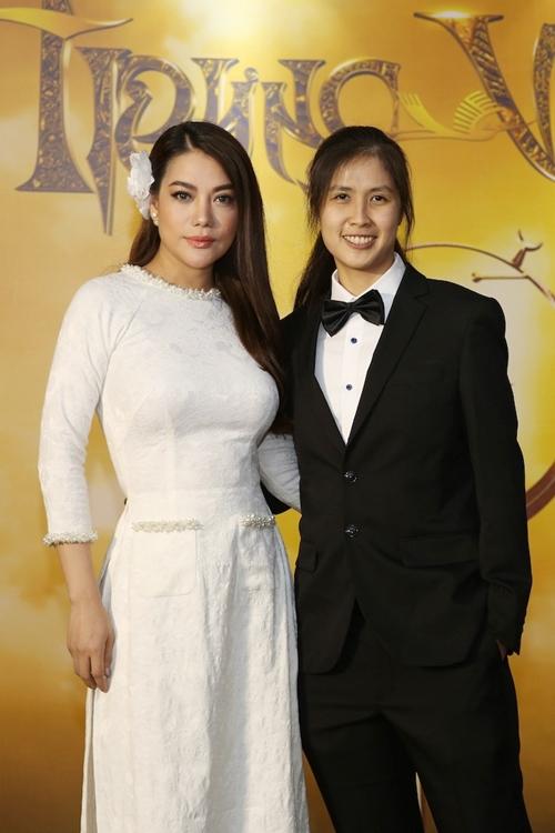 Trương Ngọc Ánh và nhà sản xuất, đạo diễn Việt kiều Janet Ngô - người đồng hành cùng cô trong dự án phim Trưng Vương.