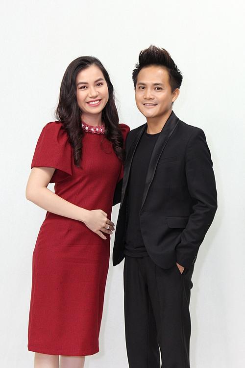 MC Huỳnh Săn và vợ Tô Linh Đa là khách mời trong chương trình Mảnh Ghép Hoàn Hảo được phát sóng lúc 21h35 hôm nay ngày 26/7/2020 trên VTV9.
