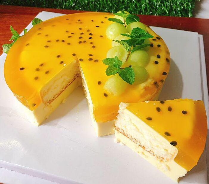 Mouse chanh dây thơm béo, chua mát, là một trong những món bánh được nhiều bạn bè đánh giá rất ngon.