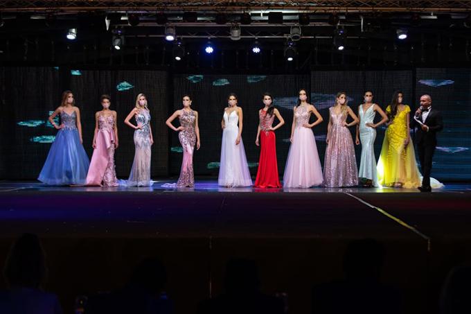 Cuộc thi Hoa hậu Thế giới Tây Ban Nha 2020 diễn ra giữa bối cảnh đất nước xứ bò tót đã giảm bớt dịch Covid-19. Tây Ban Nha hiện là vùng dịch lớn thứ 9 thế giới với 319.500 người nhiễm và hơn 28.000 ca tử vong.