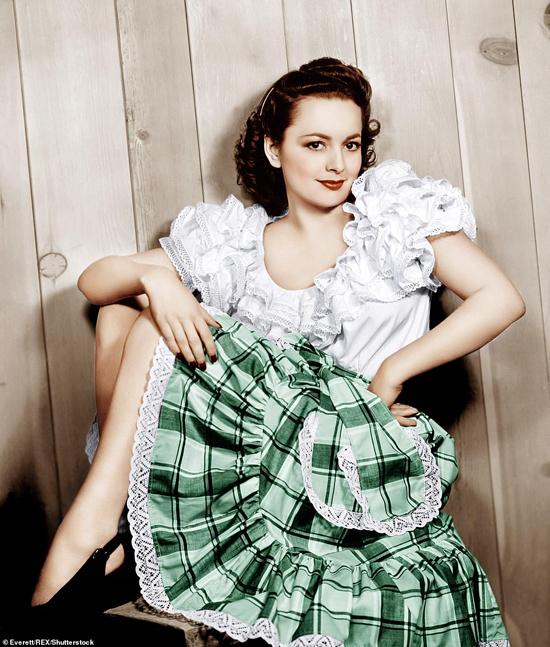Năm 1965, Olivia trở thành người phụ nữ đầu tiên trong lịch sử làm chủ tịch ban giám khảo liên hoan phim Cannes. Với những cống hiến to lớn cho nền điện ảnh thế giới, Olivia nhận huân chương Nghệ thuật Quốc gia tại Mỹ, tước hiệu Hiệp sĩ tại Pháp và được nữ hoàng Anh trao tước hiệu Quý bà.