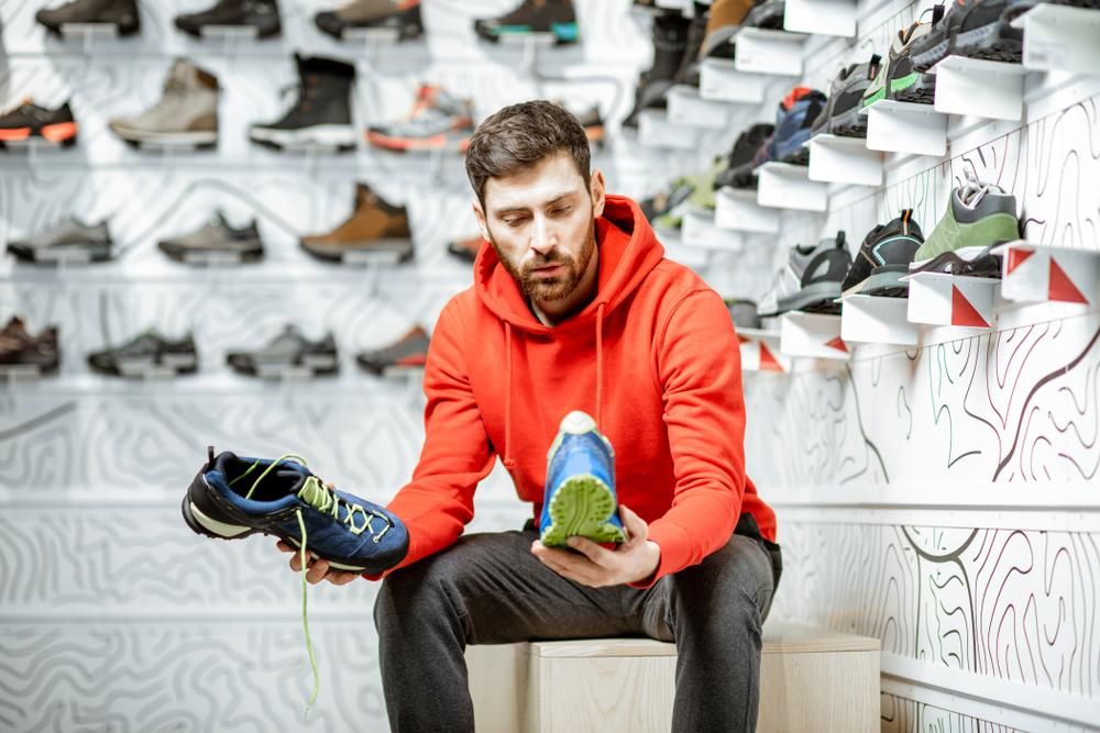 Chọn đúng giày giúp runner chinh phục mọi đường chạy an toàn. Ảnh: Shutterstock.