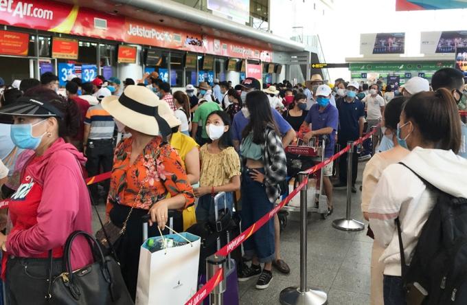 Ngừng toàn bộ phương tiện chở khách đến và đi từ Đà Nẵng