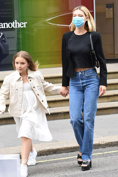 Là con gái út trong gia đình nên Nicola Peltz rất quý mến em gái của chồng sắp cưới. Nữ diễn viên Mỹ cũng coi Harper là cô em gái bé nhỏ.