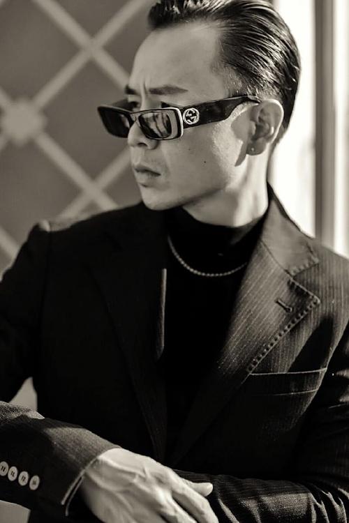 Binz góp giọng với một đoạn rap, có ngôn từ thể hiện sự chân thành và bao bọc người mình yêu.