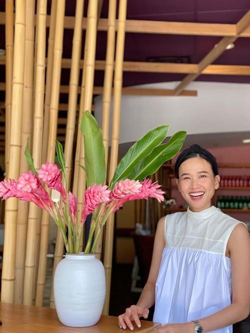 Dương Mỹ Linh hạnh phúc trong ngày sinh nhật.
