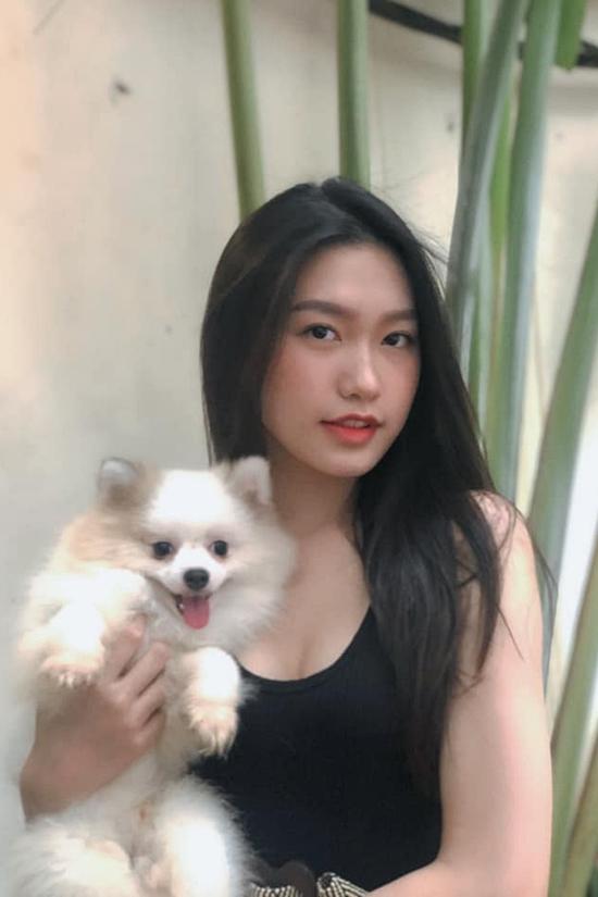 Nữ sinh Đại học Luật gây chú ý khi đăng ký thi Hoa hậu Việt Nam (2) - 12
