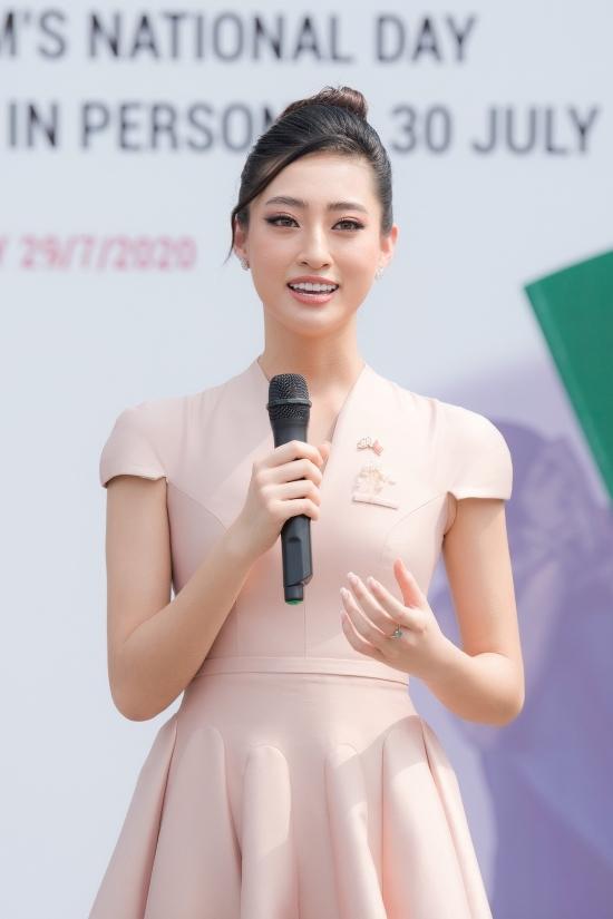 Phát biểu tại sự kiện, Hoa hậu Lương Thùy Linh cho biết cô sinh ra và lớn lên tại Cao Bằng, nơi có đặc thù biên giới giáp ranh. Vì vậy cô rất hiểu mong muốn có một cuộc sống tốt đẹp hơn của những người ra nước ngoài tìm việc.