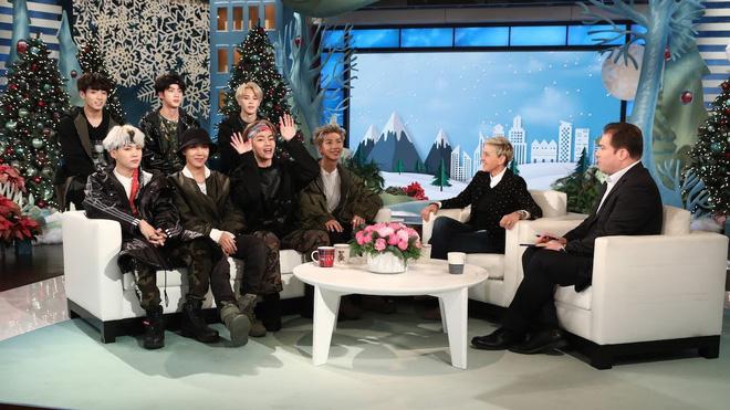 Nhóm nhạc BTS của Hàn Quốc làm khách mời tại The Ellen DeGeneres Show năm 2018.