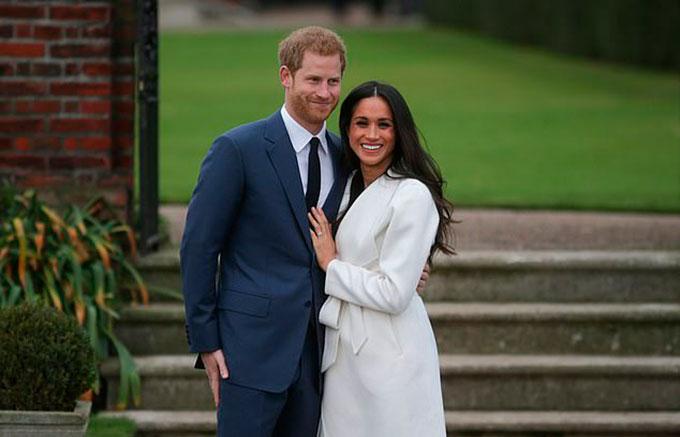 Harry và Meghan khi công bố đính hôn vào tháng 11/2017. Ảnh: AFP.