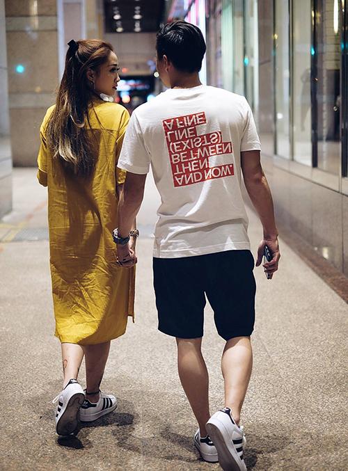 HLV Trương Minh Sang, rất tâm lý và rất chu đáo. Trong những ngày kỷ niệm, anh luôn cố gắng tạo ra sự lãng mạn và bất ngờ dành cho vợ.