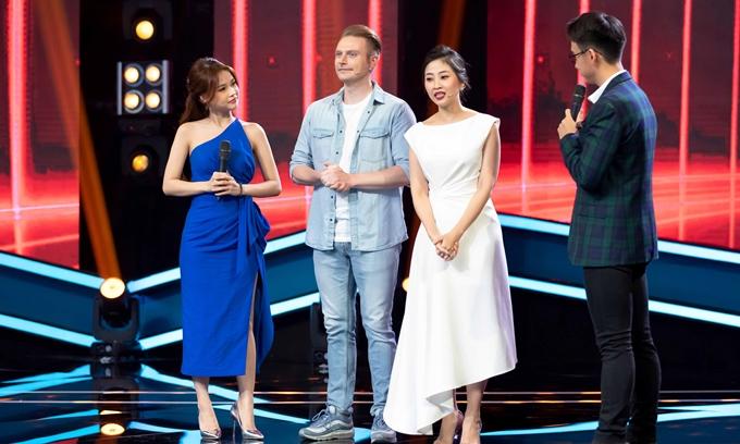 Ca sĩ người Mỹ Kyo York cùng MC Liêu Hà Trinh tham gia một số của 100 giây rực rỡ mùa 3.