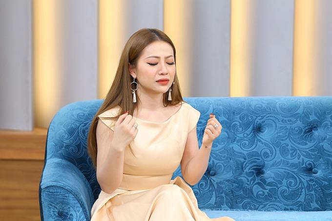 Bản thân còn nhiều khúc mắc về sự nghiệp và cuộc sống gia đình nên sau hơn một năm kết hôn, MiA vẫn chưa sẵn sàng làm mẹ. Cô đã trải lòng tâm sự với khán giả khi tham gia chương trình Mảnh Ghép Hoàn Hảo phát sóng lúc 21h35 Chủ nhật ngày 2/8/2020 trên VTV9.