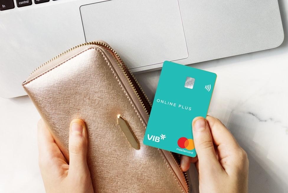 VIB áp dụng công nghệ Big Data và AI trong duyệt hạn mức thẻ tín dụng.