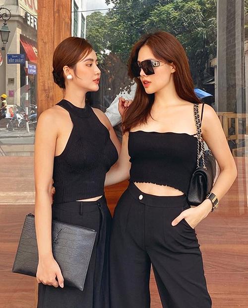 Người đẹp thỉnh thoảng tụ tập với bạn bè thân thiết ở Hà Nội.