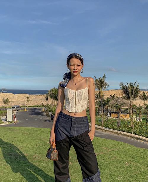 Sao Việt hack dáng bằng đồ mùa hè - 20
