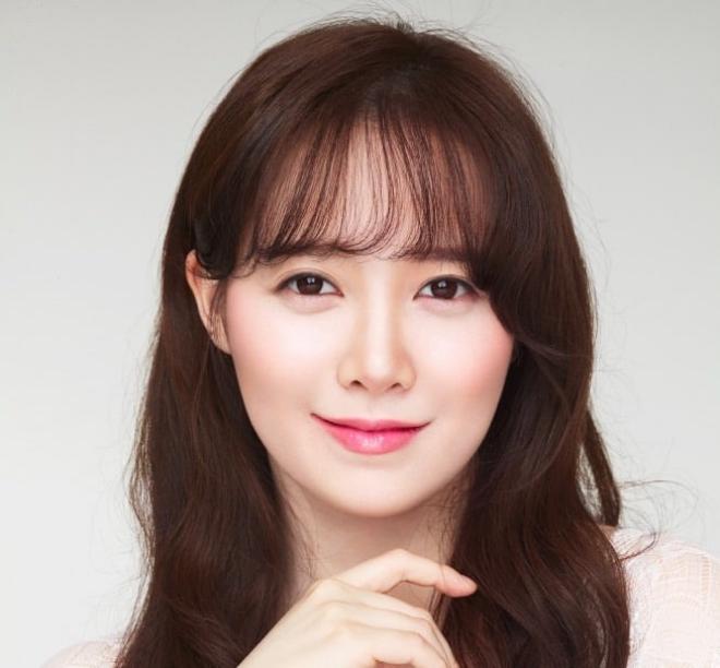 Bọng mắt giả là biểu tượng đáng yêu tại Hàn Quốc.
