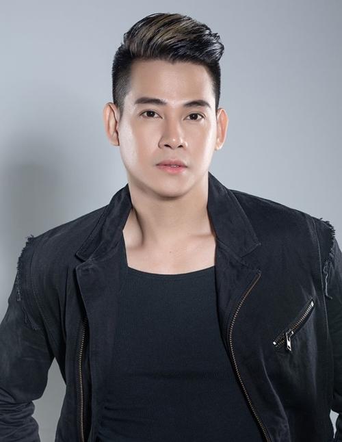 Ca sĩ Phùng Ngọc Huy.