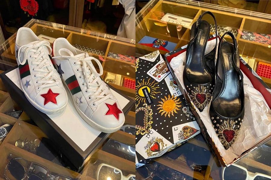 Đợt sale lần này, cô bán đa dạng từ túi xách, giày dép, áo, mắt kính đến đồng hồ.