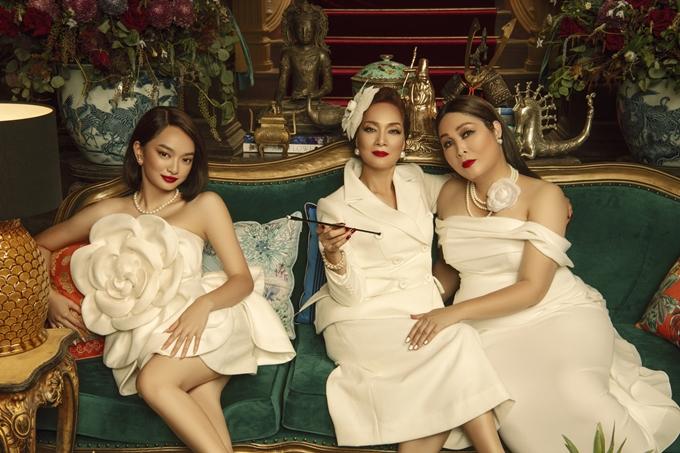 Ba nữ chính của Gái già lắm chiêu 5: NSND Hồng Vân, NSND Lê Khanh, Kaity Nguyễn (từ phải qua).