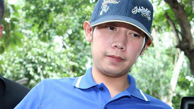 Vorayuth Yoovidhya bị bắt tại đồn cảnh sát Thong Lor ở Bangkok, Thái Lan, vào ngày 3/9/2012. Ảnh: CNN.
