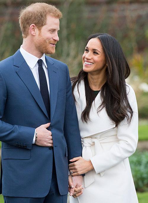 Harry và Meghan trong ngày công bố đính hôn hồi tháng 11/2017. Ảnh: David Parker.