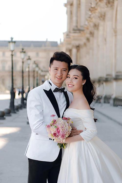 Ảnh cưới ở Paris của Trọng Hưng và Âu Hà My.