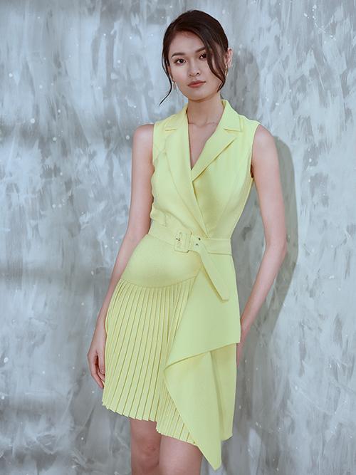 Ngoài hai tông màu xanh dương và hồng pastel đang được ưa chuộng, nhà mốt Việt giới thiệu thêm sắc vàng nhạt hợp không khí ngày thu.