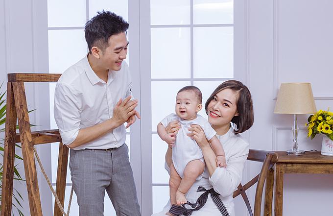 Tổ ấm hạnh phúc hiện tại của Đinh Ứng Phi Trường và Thu Hương.