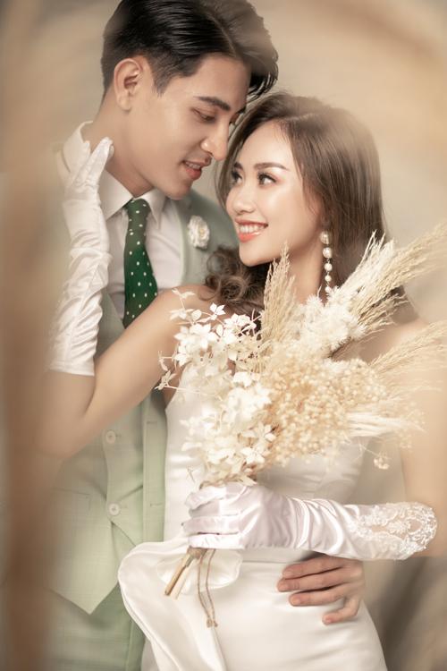 Bộ ảnh được thực hiện bới photo: Ju Link, stylist: Hana Hoang, makeup: Phạm Thủy.