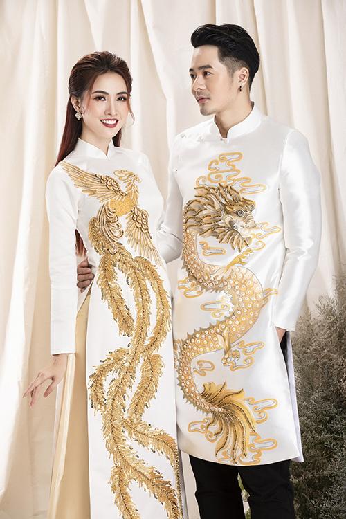 Hoa hậu Phan Thị Mơ và người mẫu Dương Mạc Anh Quân mới có dịp hóa thân đôi uyên ương khi giới thiệu các mẫu áo dài mới của nhà thiết kế Minh Châu. Trong quá trình làm việc, hai người mẫu đều chuyên tâm, thái độ làm việc nghiêm túc, sao cho thể hiện đúng tinh thần mà bộ sưu tập muốn truyền tải, trình diễn tốt các mẫu áo dài.
