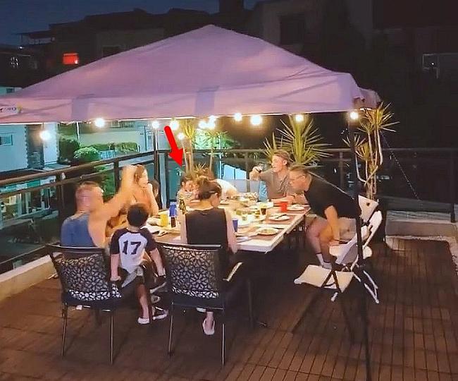 Con gái Lâm Tâm Như, Hoắc Kiến Hoa đi ăn với bố mẹ.