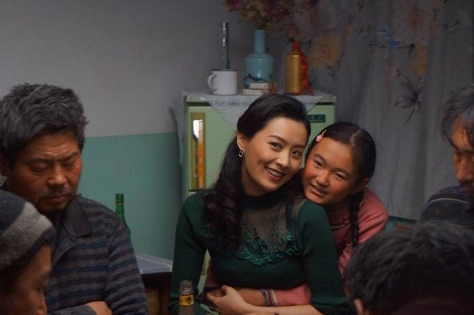 Diễn viên nghiệp dư Tra Tô Na rất yêu quý Trần Pháp Lai.