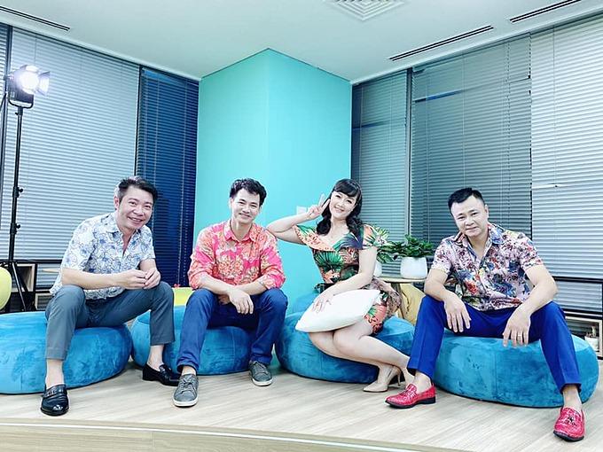 Nghệ sĩ hài Công Lý, Xuân Bắc, Vân Dung và Công Lý hội ngộ trong một chương trình.