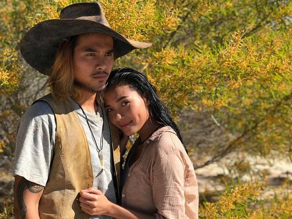 Thúy Diễm và Hứa Thanh Tùng trong phim.