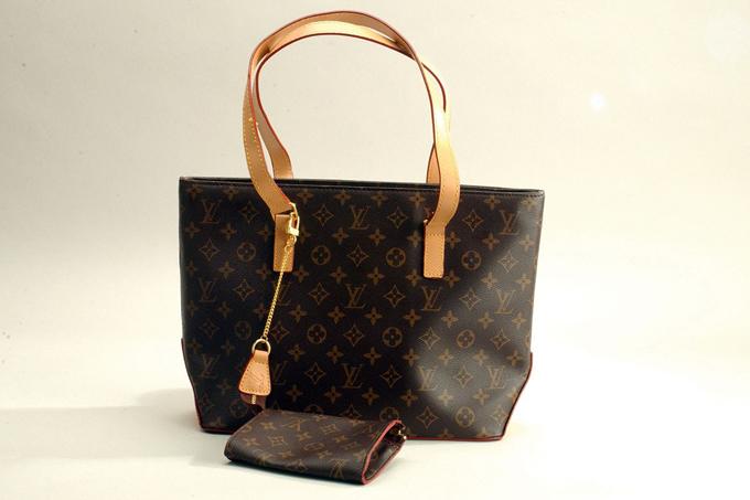 Một mẫu túi Louis Vuitton. Ảnh: Luxurylaunches.