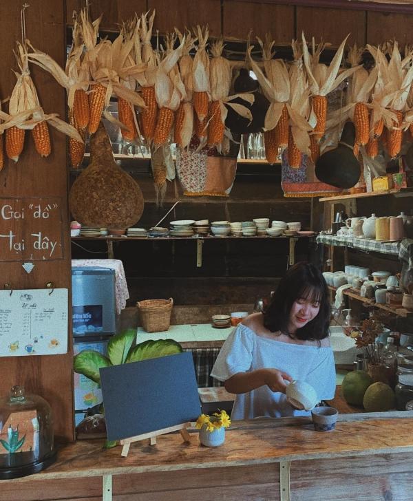 Tiệm trà bánh mộng mơ ở Đà Lạt - 8