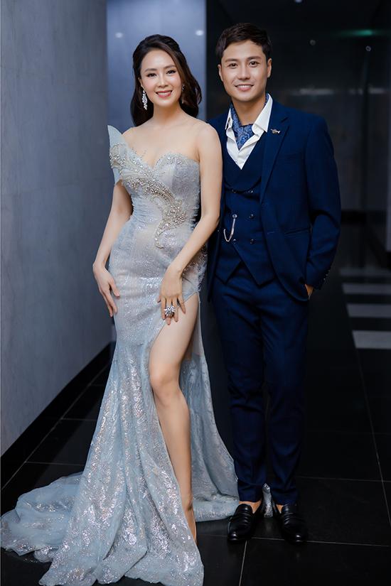 Thanh Sơn cũng góp mặt trong Top 5 đề cử Nam diễn viên ấn tượng. Năm nay, anh tham gia các phim Xin đừng bắt em phải quên và Tình yêu và tham vọng.
