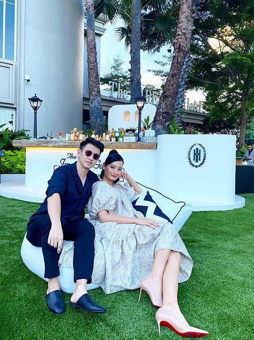 Vợ chồng người mẫu Lê Thúy - Đỗ An cũng đang có mặt tại Vũng Tàu.