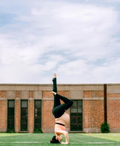 Mỹ nhân phim Nữ quyền bế bầu tập yoga - 14