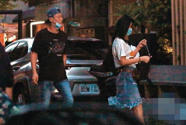 Vợ chồng Lâm Tâm Như, Hoắc Kiến Hoa đi ăn đồ Nhật với nhau hôm đầu tuần.