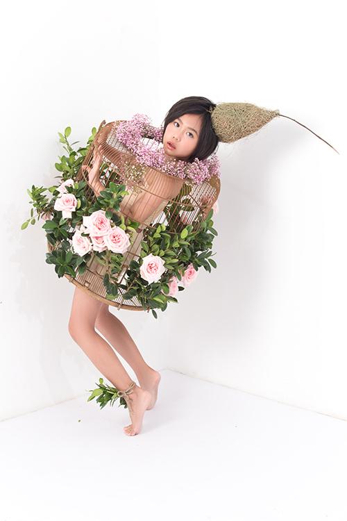 Là thành viên nổi bật trong câu lạc bộ người mẫu nhí của đạo diễn Nguyễn Hưng Phúc, Khánh An luôn gây ấn tượng bằng khả năng tạo dáng điêu luyện.