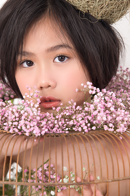 Ở các show diễn ở mùa thời trang trước, Khánh An là nhân vật luôn gây sự chú ý và giúp các chương trình có được điểm nhấn độc đáo nhờ nhiều màn catwalk ấn tượng.