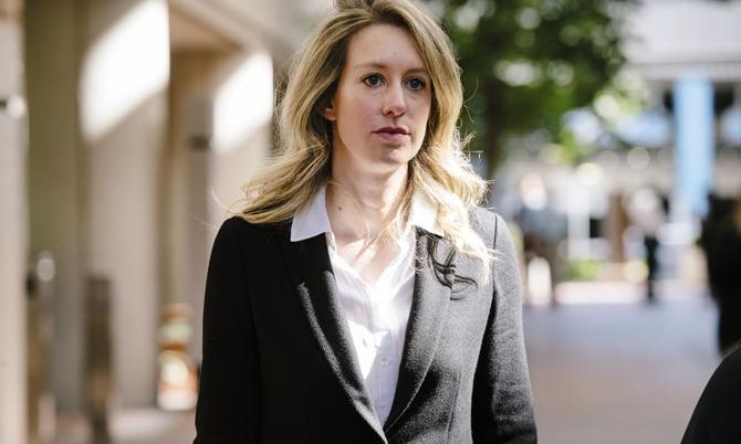 Elizabeth Holmes - cựu CEO Theranos. Ảnh: Bloomberg.
